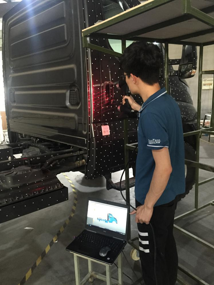 3D scanning on truck by HSCAN771