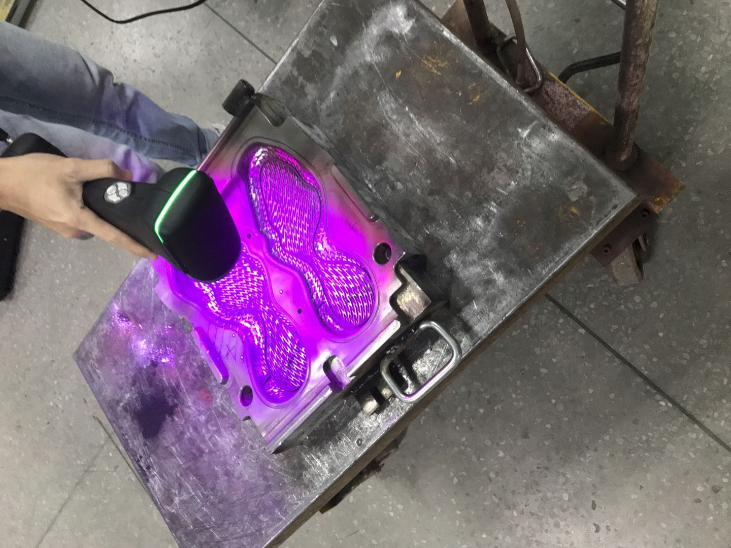 3D scanner in the shoe mold industry 2